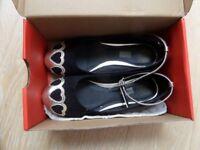 2 pairs girls shoes, black gold suede ballerina pumps size 2 & BOC Concept white leather pumps 12