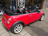 MINI CONVERTIBLE 1.6 Cooper S 2dr (red) 2006
