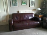 Leather Suite. 3+2 sofas in good Quality dark brown leather.