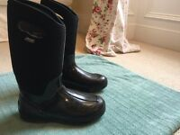 Bogs Classic High Handle waterproof insulated rain boots wellies UK 9