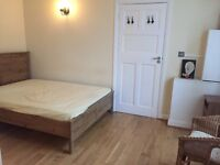 Remarkable Ground Floor STUDIO, Inclusive of Council Tax & Water Charges, Gantshill---No DSS Please