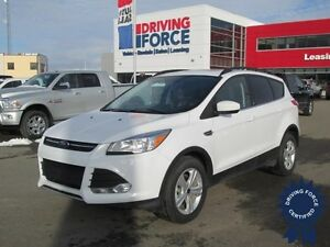 2016 Ford Escape SE AWD - Seats 5, Dual Moonroof, A/C, 25,564 KM