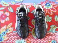 Puma Classico Black/White Football Boots, Size 5, HARDLY USED, EXCELLENT CONDITION
