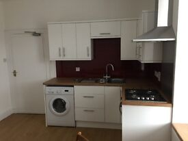 Central Peterhead Large 3 Bed Flat. Large kitchen, Living room etc