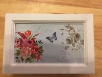 RECTANGULAR STORAGE BOX LOVE ROSE AND BUTTERFLY