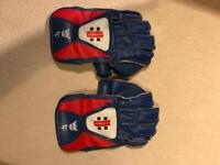 Gray Nichols wicket keeper gloves
