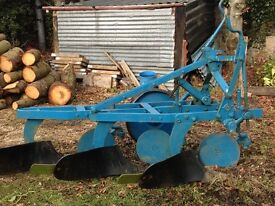 Ransome TS59E 3 furrow plough for sale. Good condition