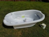 FREE Baby bath tub Mamma's & Pappa's