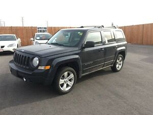 2015 JEEP PATRIOT HIGH ALTITUDE- POWER SUNROOF, NAVIGATION SYSTE