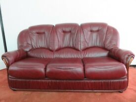 3 seater and 2 seater leather settee