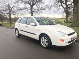 FORD FOCUS ZETEC IN WHITE VERY LOW MILES 49K FROM NEW