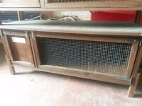 Rabbit hutch in good condition