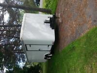 trailer fermer