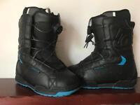DC snowboarding boots sz 6.5