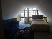 Bed sitting room fully furnished with fully fitted kitchen diner, shower room and hallway.