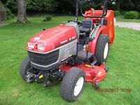 """YANMAR EF227 Diesel Tractor 4 x 4 60"""" cutter deck with high lift vaccum grass collector-immaculate"""