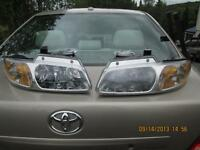 2 Phares Dodge Caravan 1999