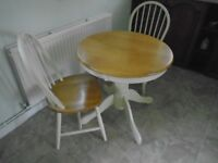 Circulay kitchen wooden table and chairs