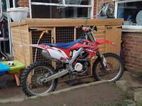 2010 CRF 450 off road crosser