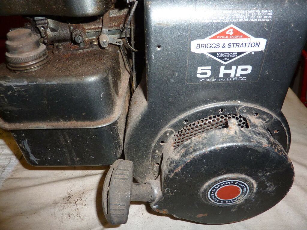 BRIGGS AND STRATTON 5HP HORIZONTAL CRANK ENGINE | in ...