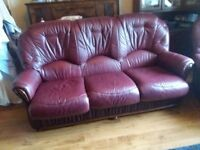 3 1 1 leather suite of furniture