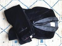 Velvet boys Zara suit (black) size 9-10