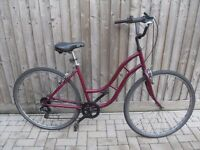 Ladies hybrid city bicycle(very good condition)