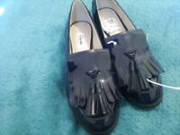 Women's loafers size 6 Clark's brand new