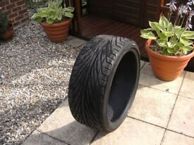 Jaguar XKR Tyre Hardly used