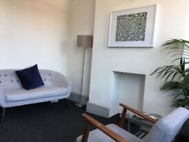 Bright and spacious therapy room to rent