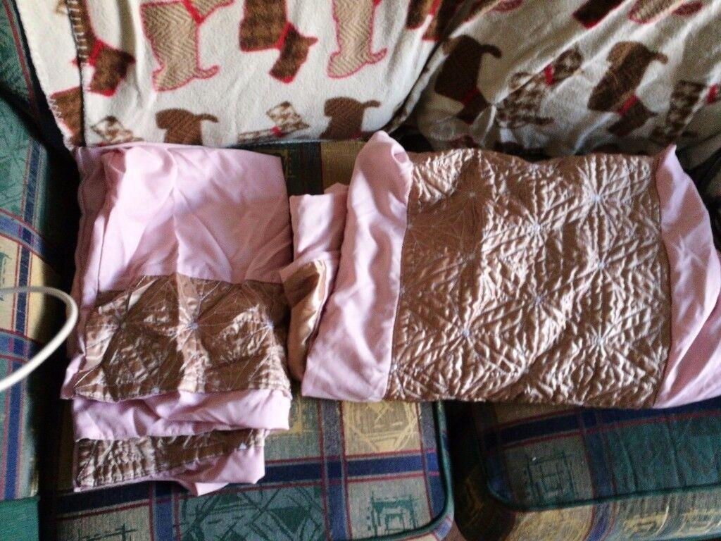 King size beding