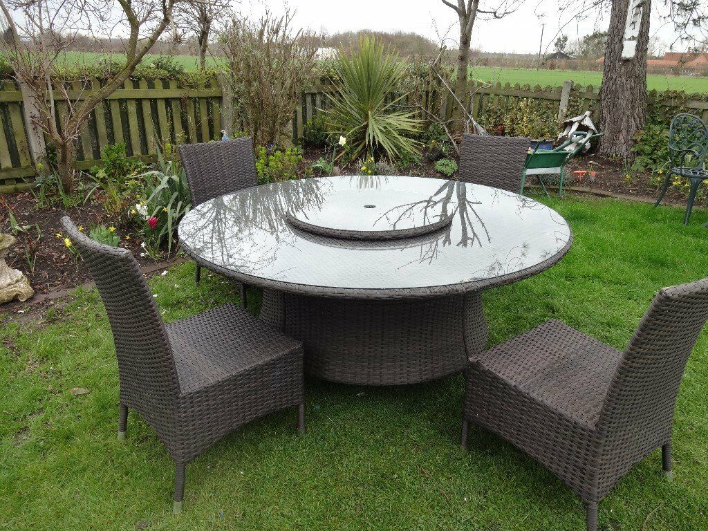 Large Ratttan Garden Furniture Set Table With Lazy