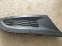 Genuine OEM VW Polo 09-14 Lower Driver Side Front Grill. Part Number: 6R0 853 666.