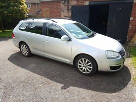 VW Golf Estate 2l Diesel 140bhp DSG MoT 2019 Feb. FSH Low Mileage, Silver Excellent condition