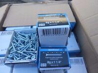 wood screw twinthread 8x1.1/4 thats 4x30mm 200 wood screws per box bran new