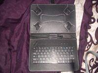 Adjustable Ipad/Tablet Keyboard case