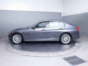 2013 BMW 328I LUXURY X-DRIVE MAGS TOIT CUIR West Island Greater Montréal image 12