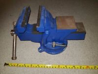 Bench Vice very good condition