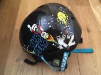 Skateboard helmet + pads