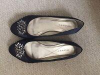 Ladies Black shoes size 5