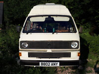 VW Caravelle T25 Kamper with High Top