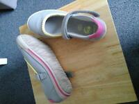 Girls Leather Shoes Size 1F