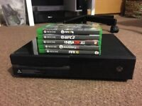 Xbox One 500gb (Day One Edition) + controller and games