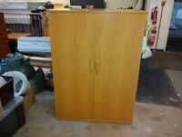 1800x1000x520mm 2 door wooden cupboard in oak £125.00