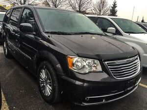2016 Chrysler Town & Country BRAND NEW | 0% UP TO 84 MONTHS