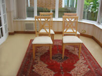 4 SOLID OAK CHAIRS - IN VERY GOOD CONDITION (CAN DELIVER)