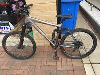 """Carreras Banshee mountain bike Large mens 26"""" wheels"""