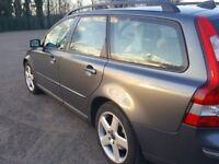 Volvo V50 SE diesel estate 2005 in excellent condition for sale