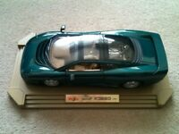 Maisto, JAGUAR XJ220, 1:12 Scale, Die-Cast Model Car.