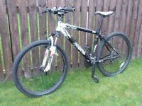 Saracen TT mountain bike, 18 inch frame.